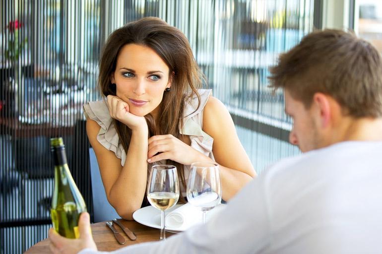 ένα σεξουαλικό ραντεβού μας δωρεάν διαδικτυακό σάιτ γνωριμιών χωρίς χρεώσεις