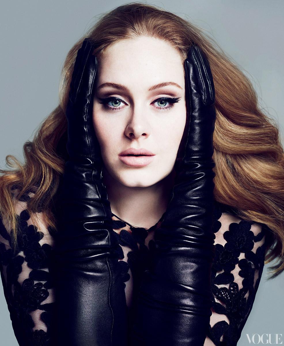 Μας ξεγέλασε όλους η Adele με την εγκυμοσύνη(βίντεο)