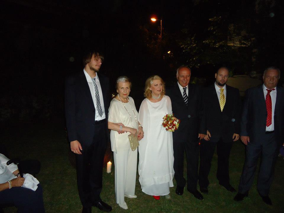 Παντρεύτηκε η Έλενα Ακρίτα μακριά από τα φώτα της δημοσιότητας(φωτο)