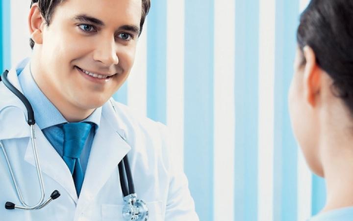 Οι Έλληνες εμπιστεύονται τους γιατρούς & φαρμακοποιούς
