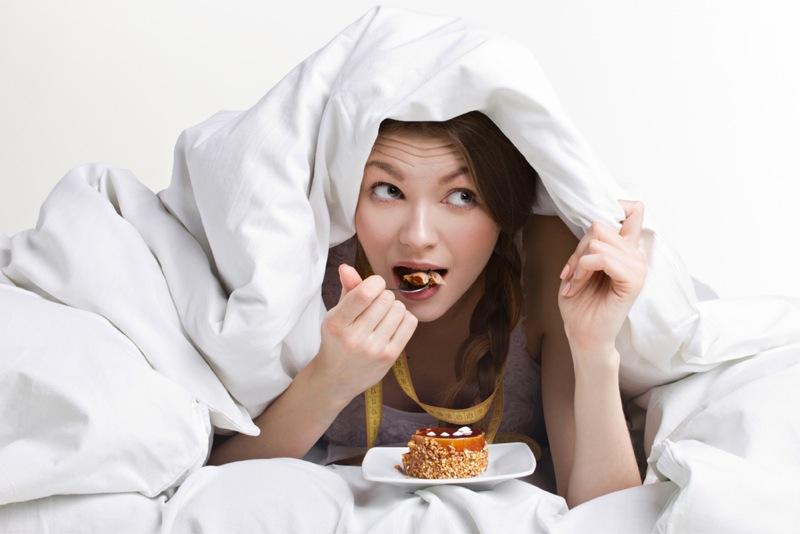 Δίαιτα: τρως το βράδυ και αδυνατίζεις