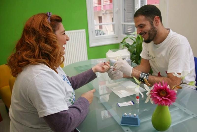 Δωρεάν εξέταση HIV και ηπατίτιδες Β και C