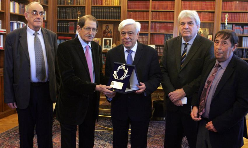 Στον Πρόεδρο της Δημοκρατίας το ΔΣ του Πανελλήνιου Συνδέσμου Νεφροπαθών