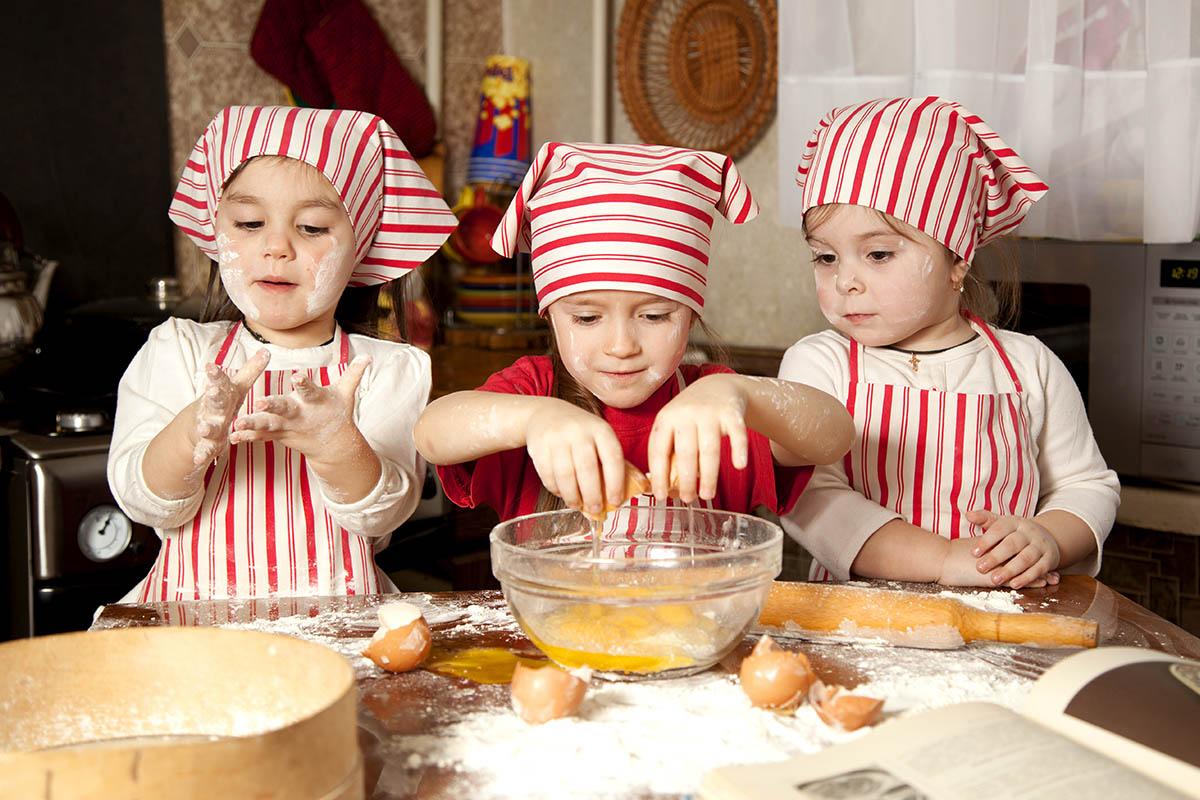 Διάλειμμα με υγιεινά σνακ για τους μικρούς μαθητές