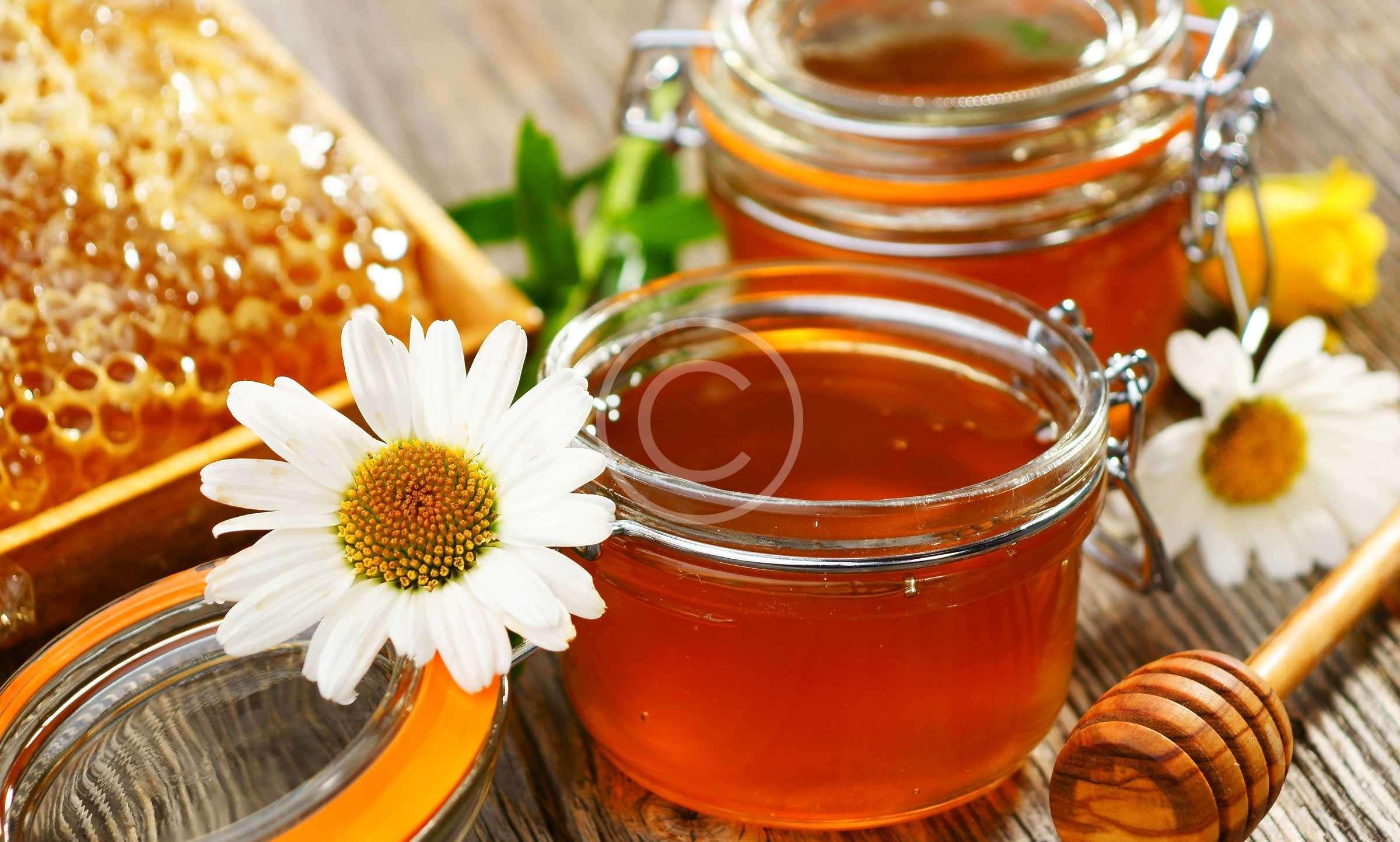 Θαυματουργό το μέλι για τον βήχα παιδιών