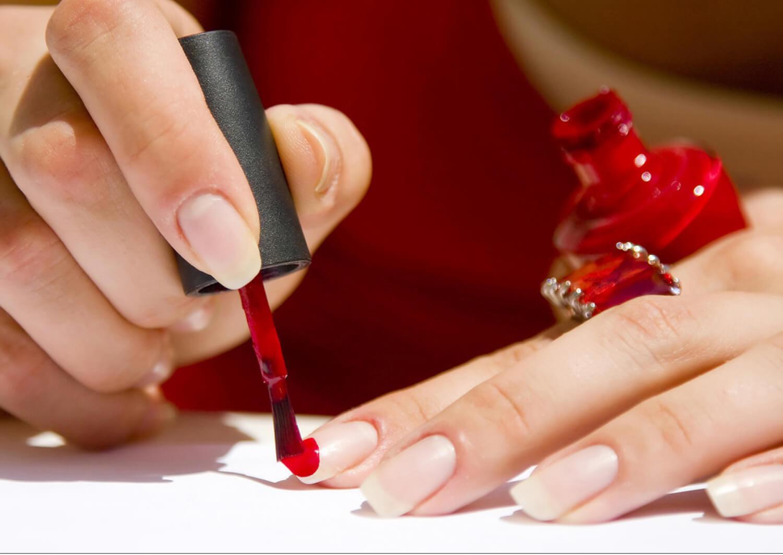 Πως θα απαλλαγείτε από τα εύθραυστα νύχια
