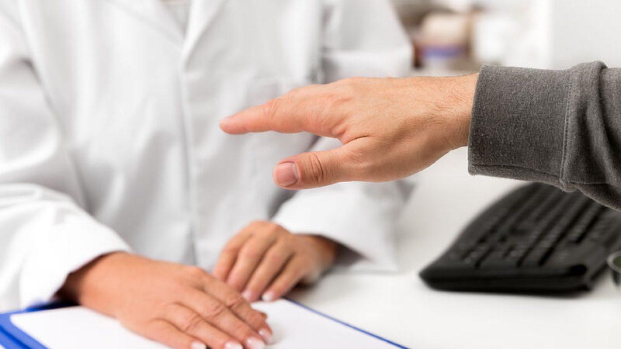 Aιτίες που μπορούν να  προκαλέσουν τρέμουλο στα χέρια