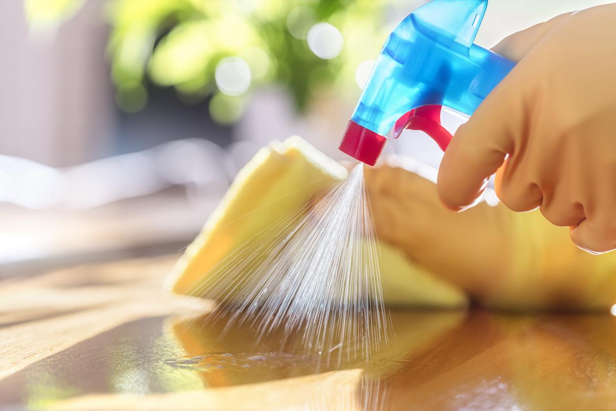 Καθαρισμός και απολύμανση σπιτιού σε εποχή κοροναϊού