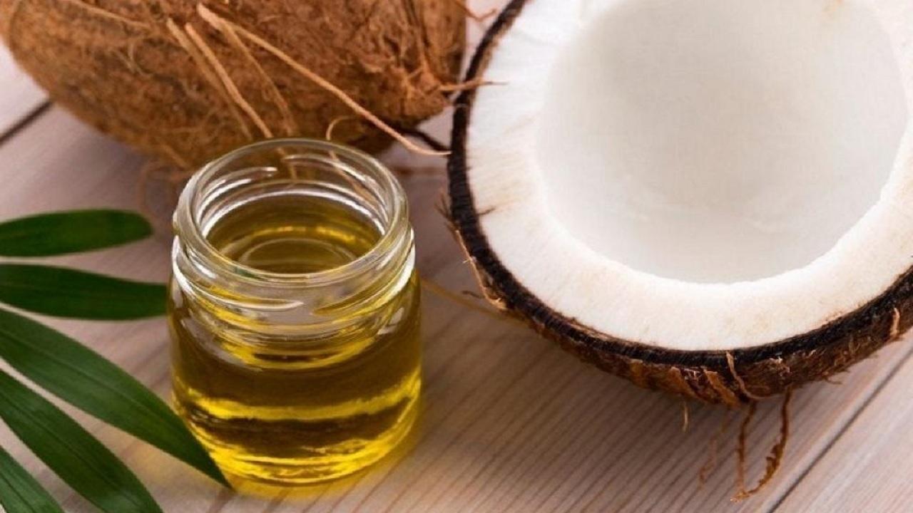 Λάδι καρύδας: Είναι ασφαλές να χρησιμοποιώ λάδι καρύδας ως λιπαντικό; [vid]