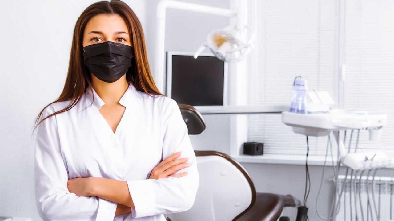 Οδοντίατροι σε κρίση λόγω κοροναϊού – Τι ζητούν από τον πρωθυπουργό