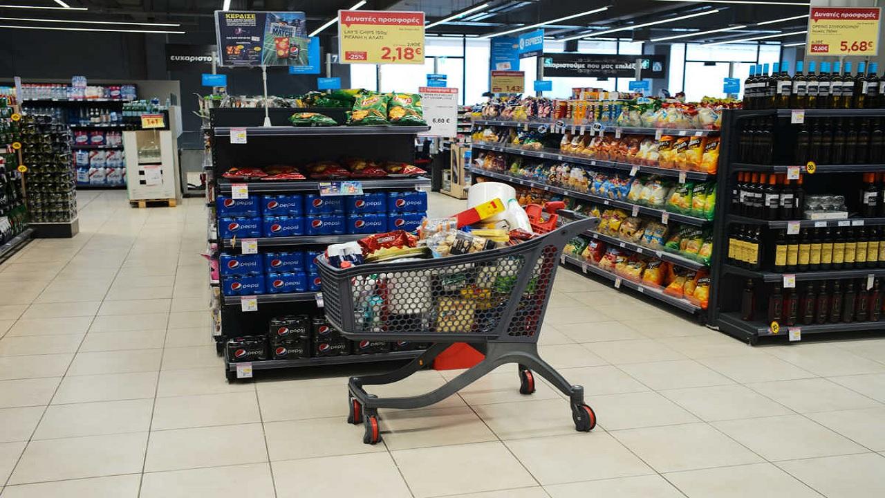 Κορωνοϊός σούπερ μάρκετ: νέα εφεύρεση απολύμανσης των καροτσιών