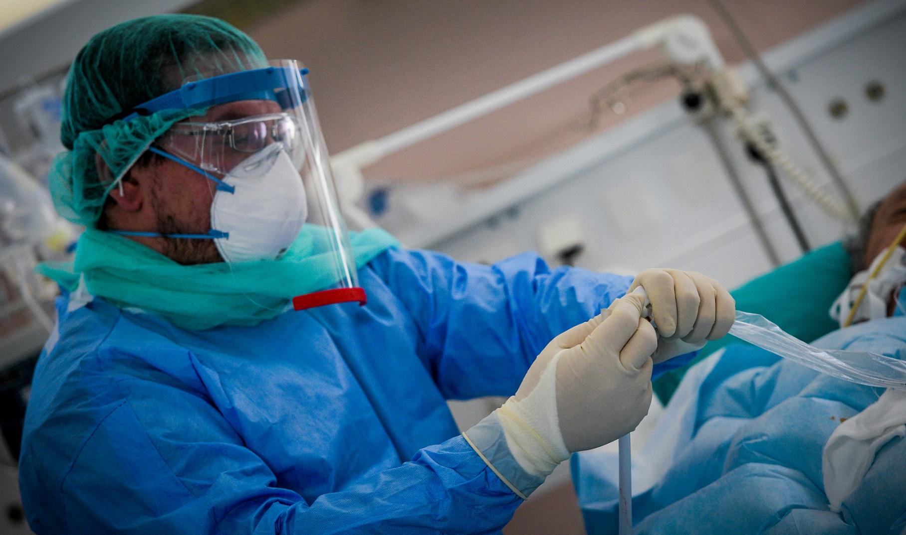 Κορωνοϊος κρούσματα: Ανησυχία για το κοκτέιλ γρίπης – ιού