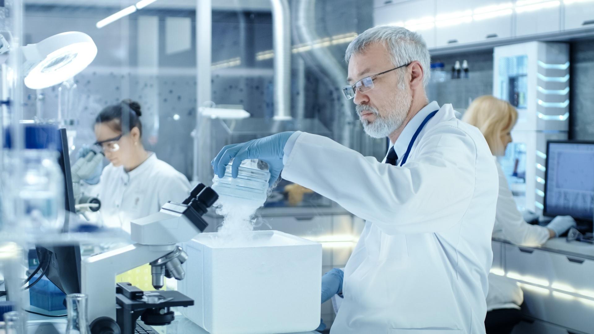 Φαρμακοβιομηχανίες πανδημία: Ενίσχυση της φήμης και της εμπιστοσύνης των καταναλωτών
