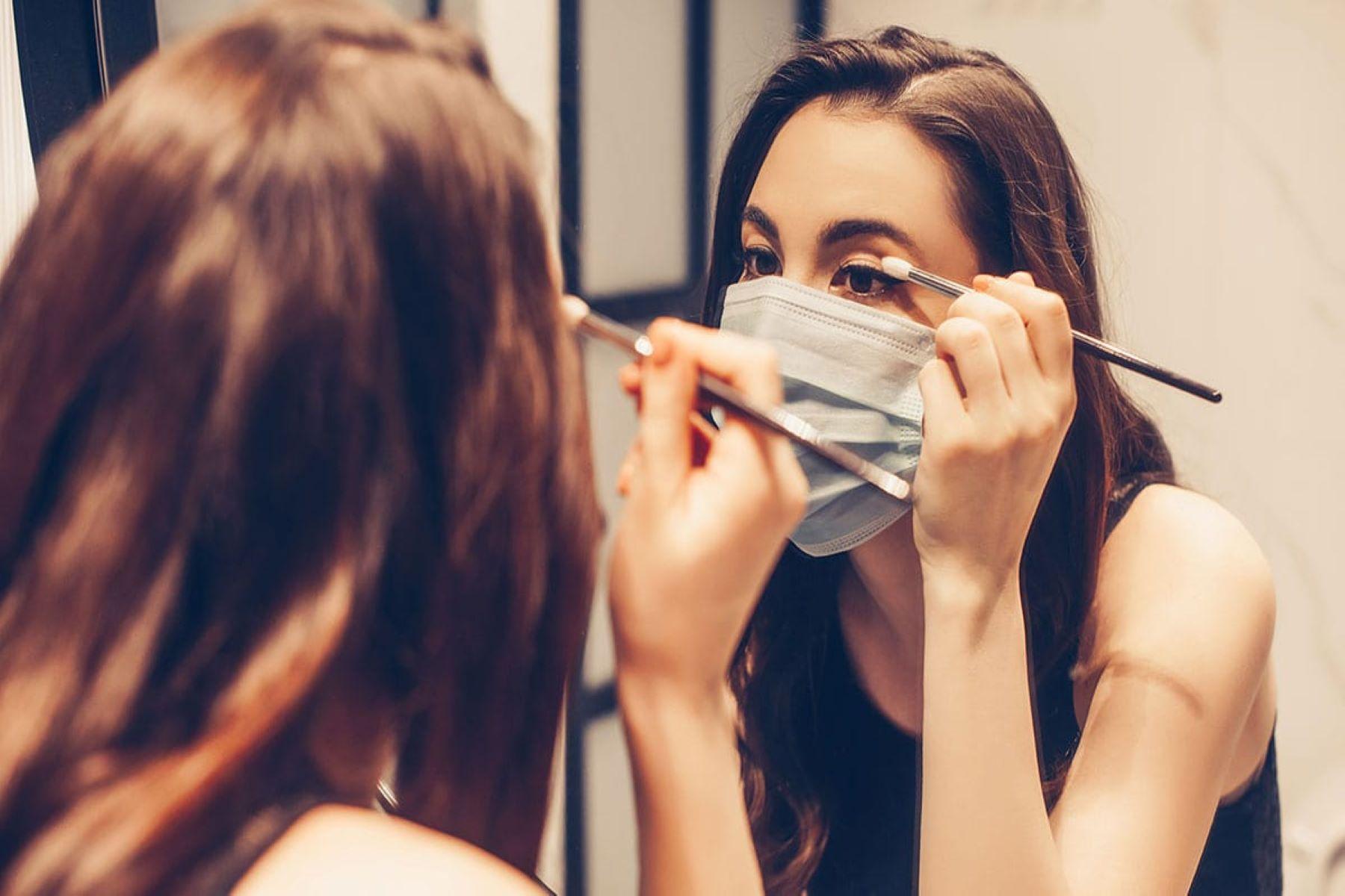 Μάσκα και μακιγιάζ: Συμβουλές που θα σε βοηθήσουν