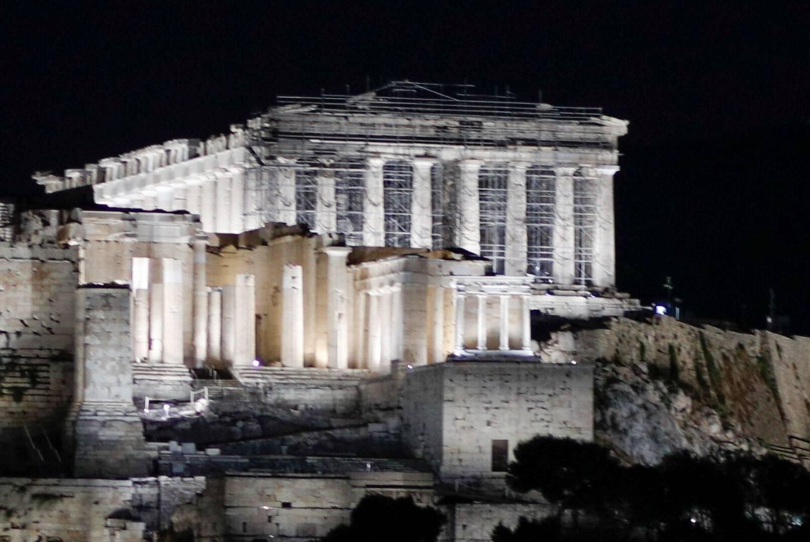 Ακρόπολη: Παρουσιάστηκε ο νέος φωτισμός