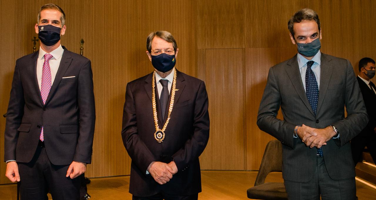 Χρυσό Μετάλλιο Αξίας: Στον Πρόεδρο Κυπριακής Δημοκρατίας,Ν. Αναστασιάδη