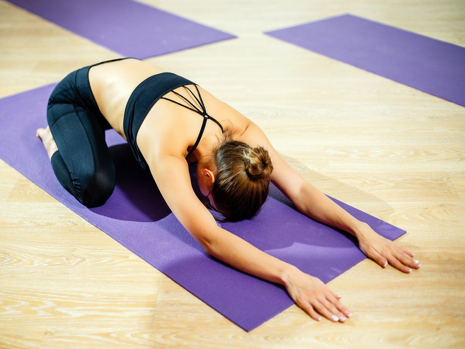 Αθλητισμός: Η άσκηση που ανακουφίζει τα ενοχλητικά συμπτώματα πριν την περίοδο [vid]