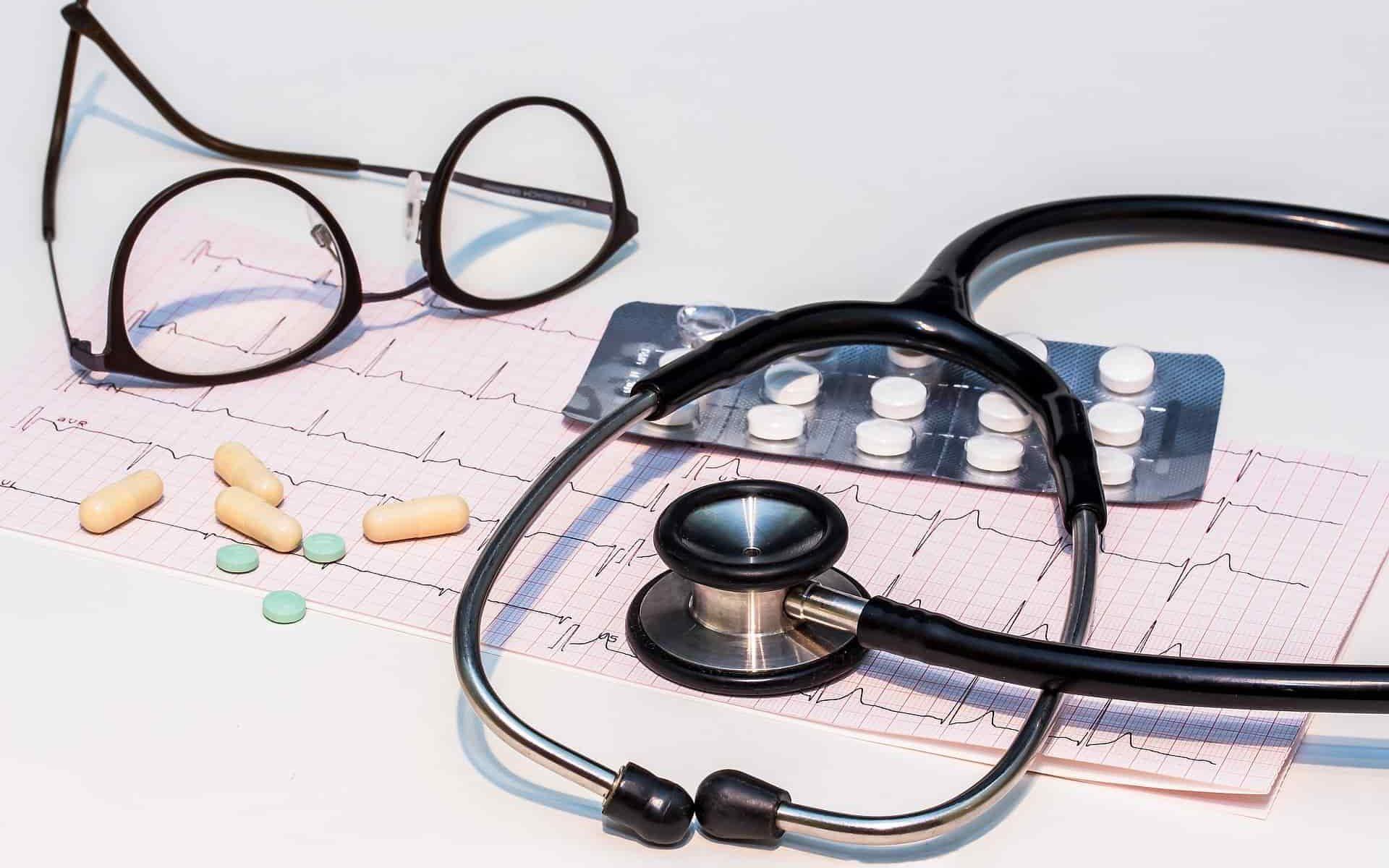 Συμβόλαια υγείας: Έρχονται μεγάλες αυξήσεις