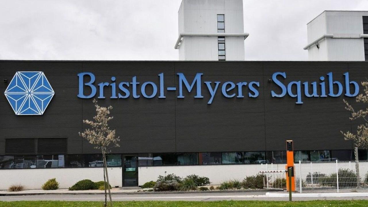Bristol Myers Squibb: Η πρώτη ανοσοθεραπεία γιακαρκίνοτου θώρακα