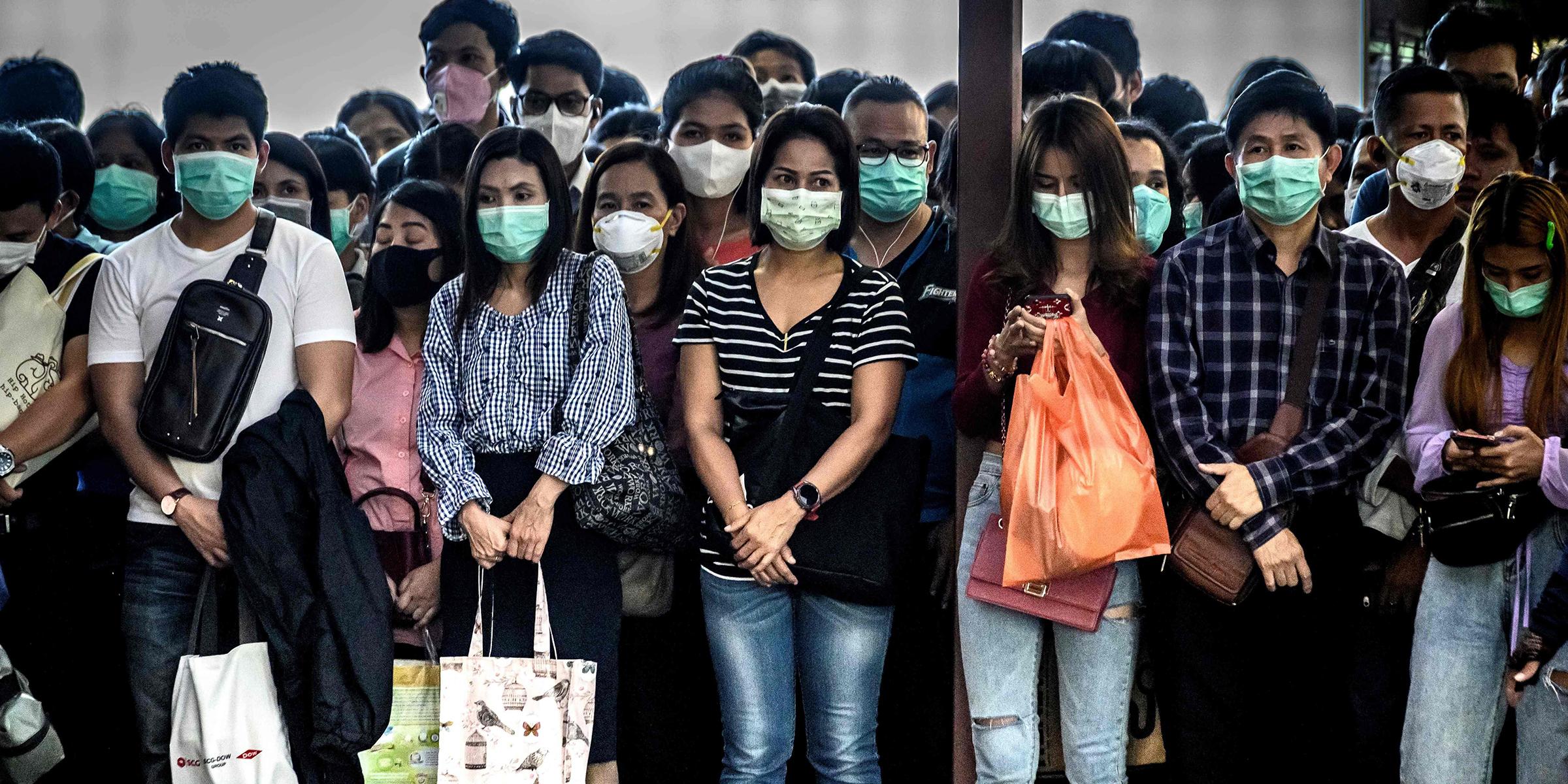Κορωνοϊός Μάσκες: Ανοιχτό το ενδεχόμενο καθολικής χρήσης μάσκας και lockdown