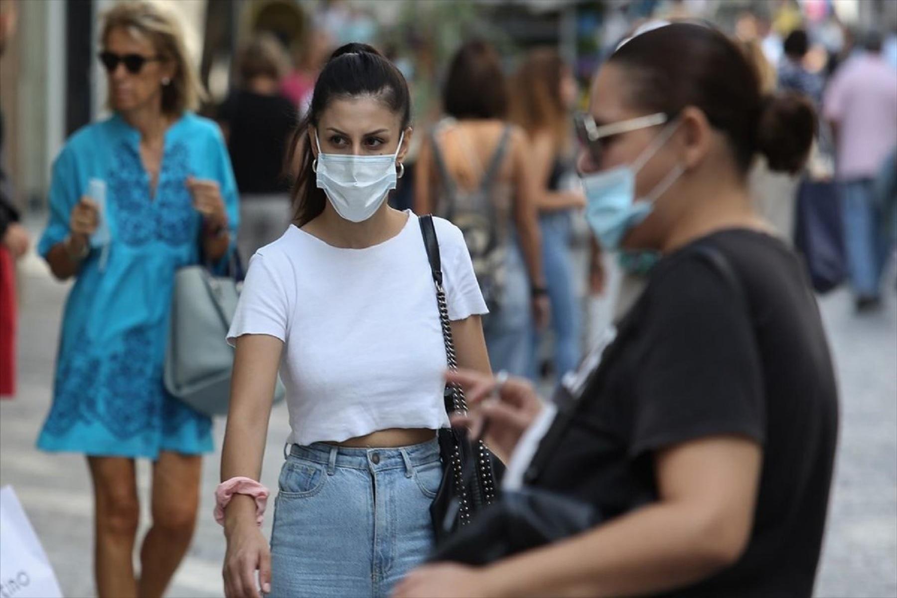 Κορωνοϊός μόλυνση μάσκα: Πιθανότητες μόλυνσης σε ανοικτούς χώρους