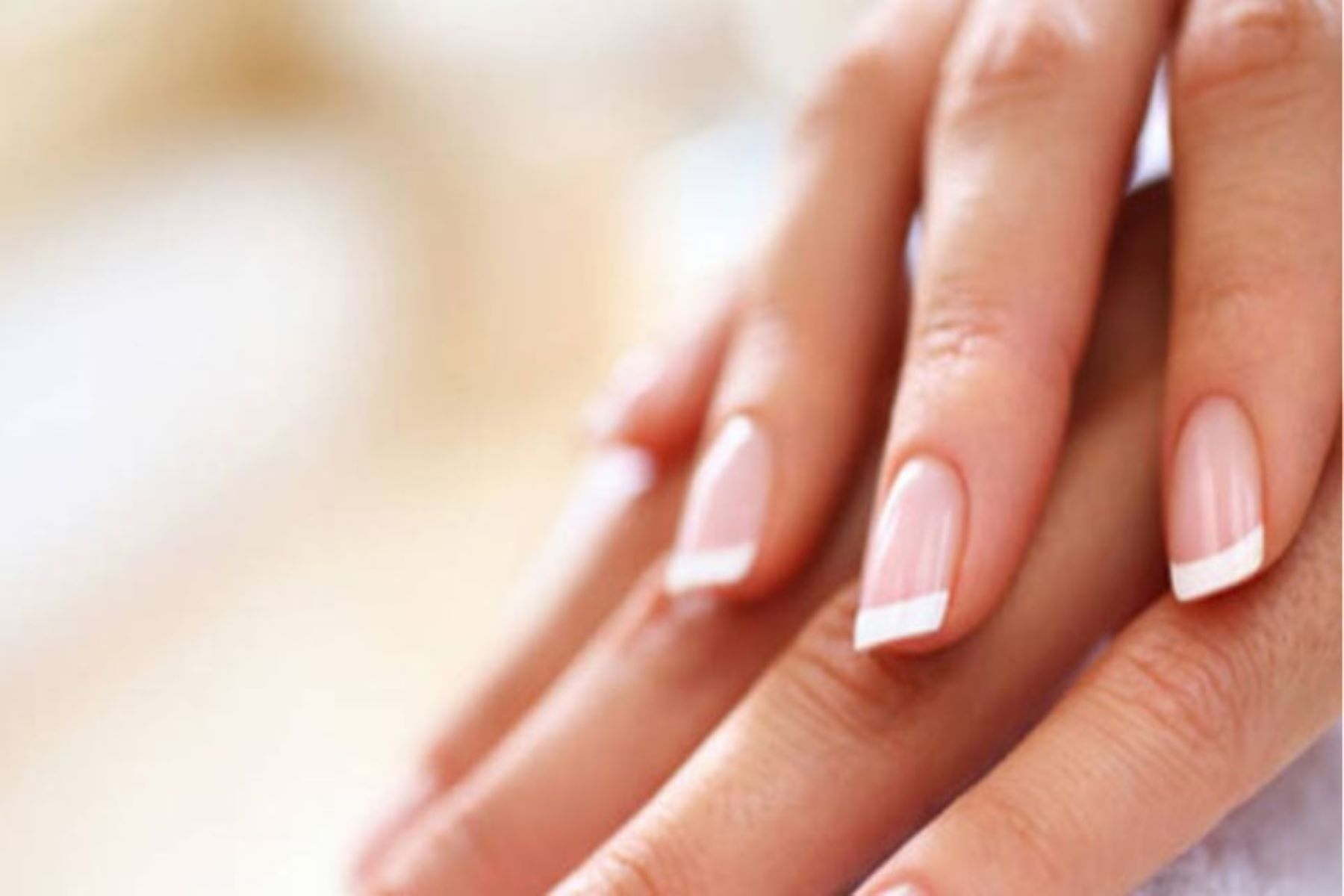 Γαλλικά νύχια 2020: 3 διαφορετικοί τύποι