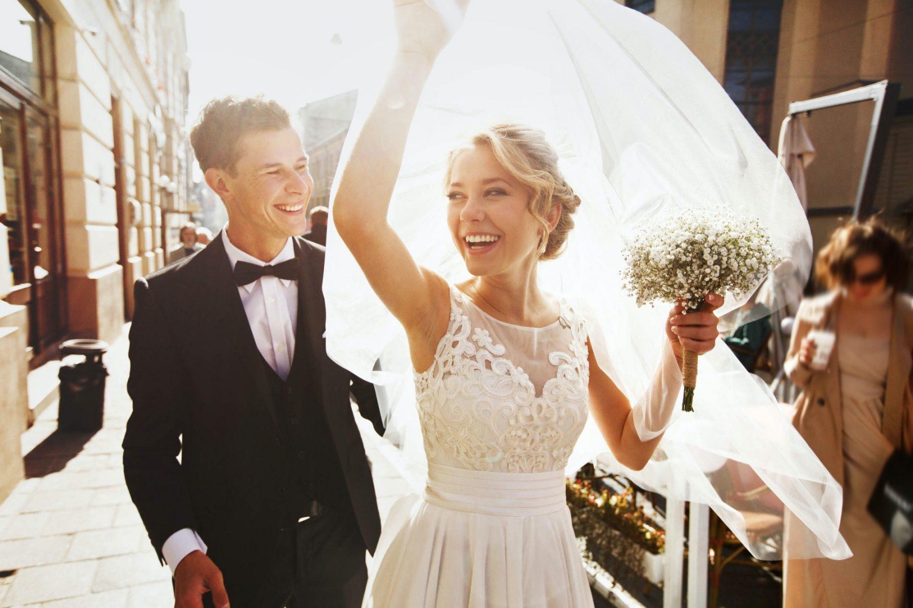 Γάμος με τα όλα του: 5 ερωτήσεις που πρέπει να κάνεις στον εαυτό σου πριν