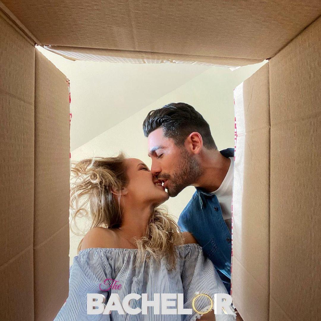 The Bachelor: Η Βίβιαν συγκατοικεί με τον Παναγιώτη[vid]