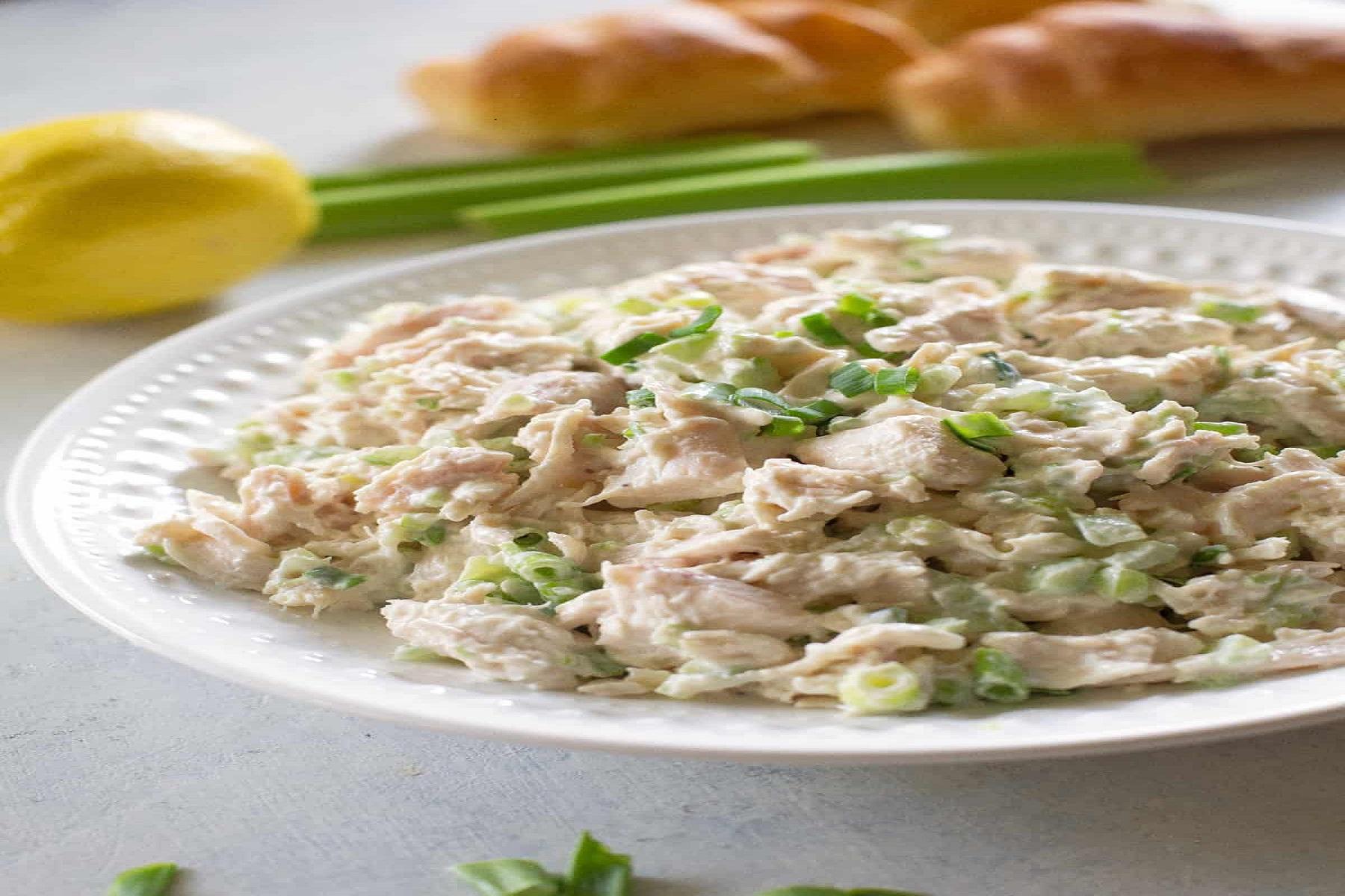 Σαλάτα Συνταγή: H light εκδοχή της κοτοσαλάτας