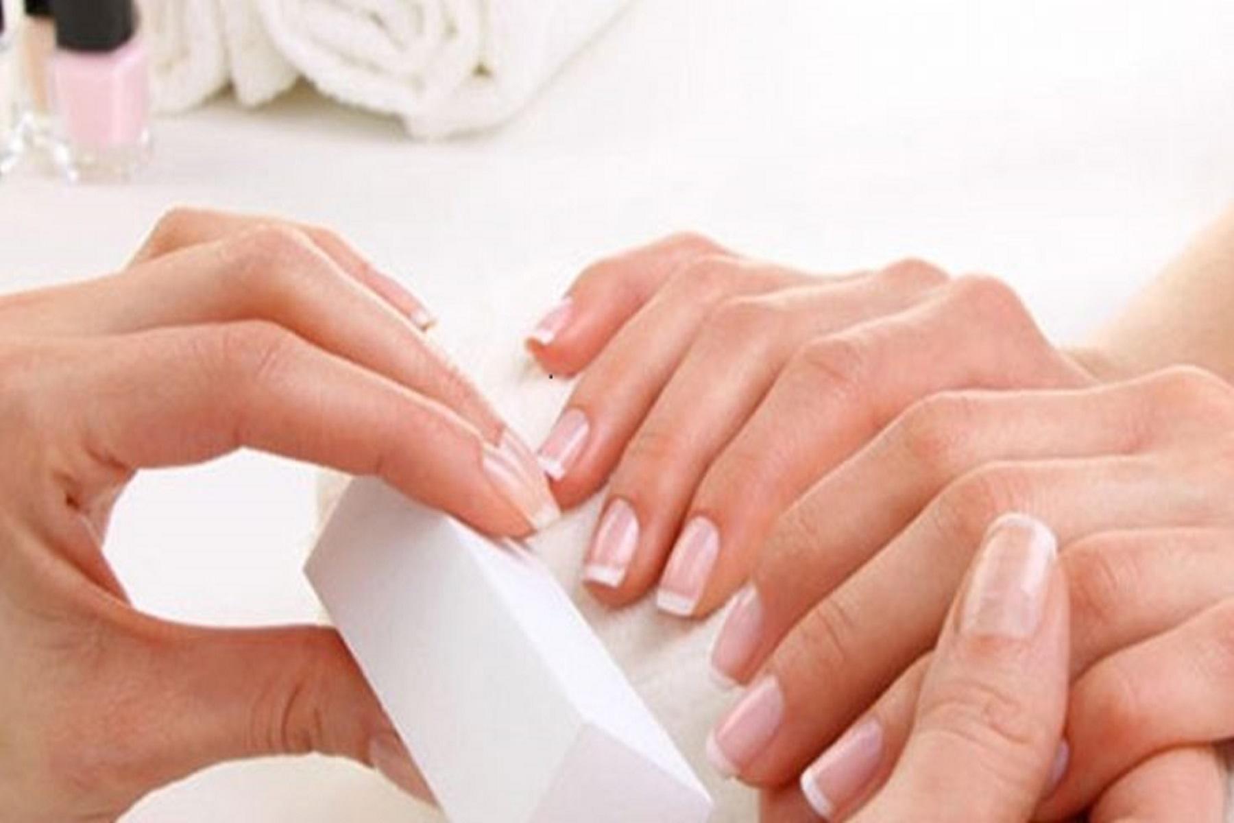 Νύχια Φροντίδα: Συμβουλές για την περιποίηση των άκρων σας