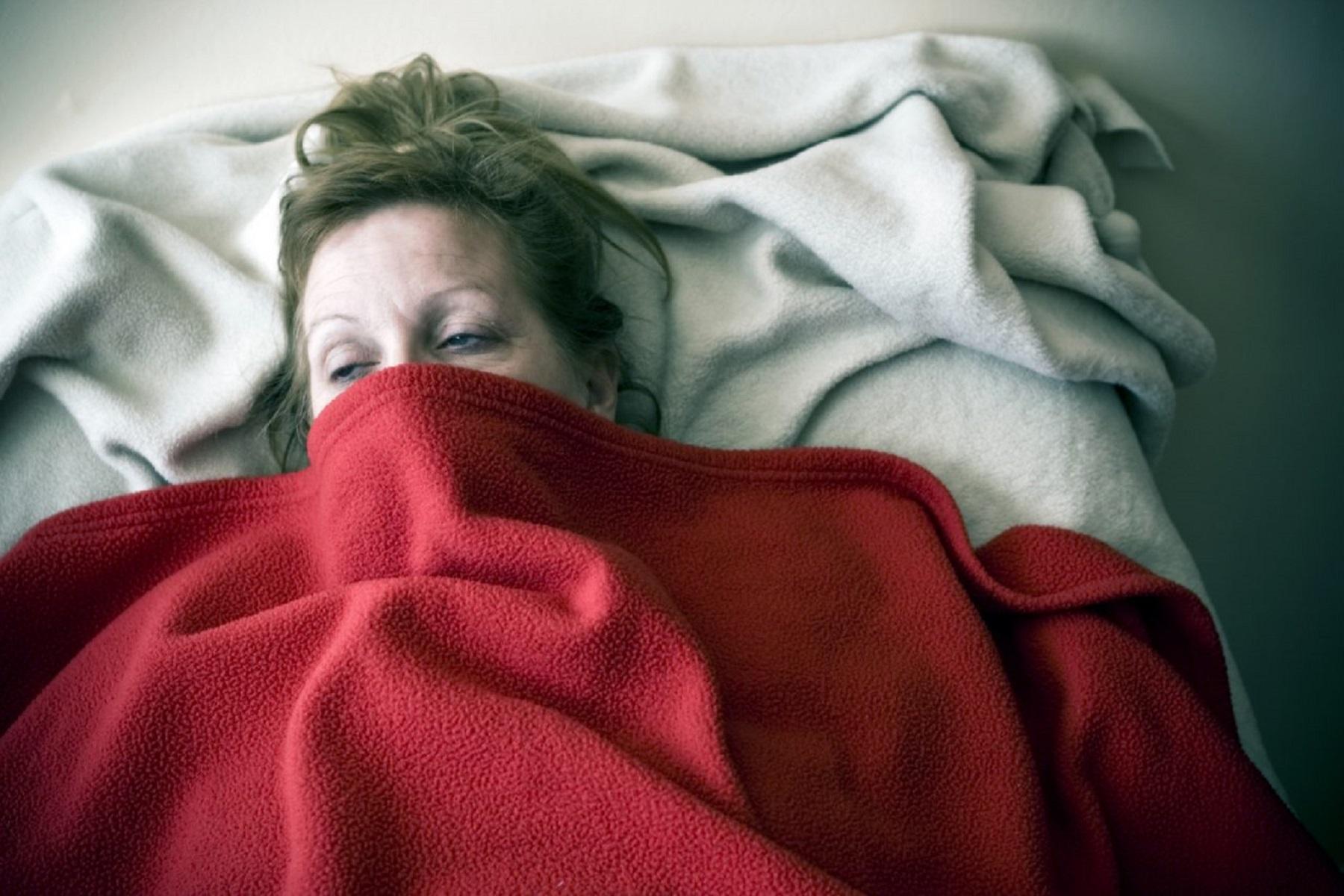 Εμμηνόπαυση Κατάθλιψη: Τι δείχνουν έρευνες για τη συσχέτιση ανάμεσά τους
