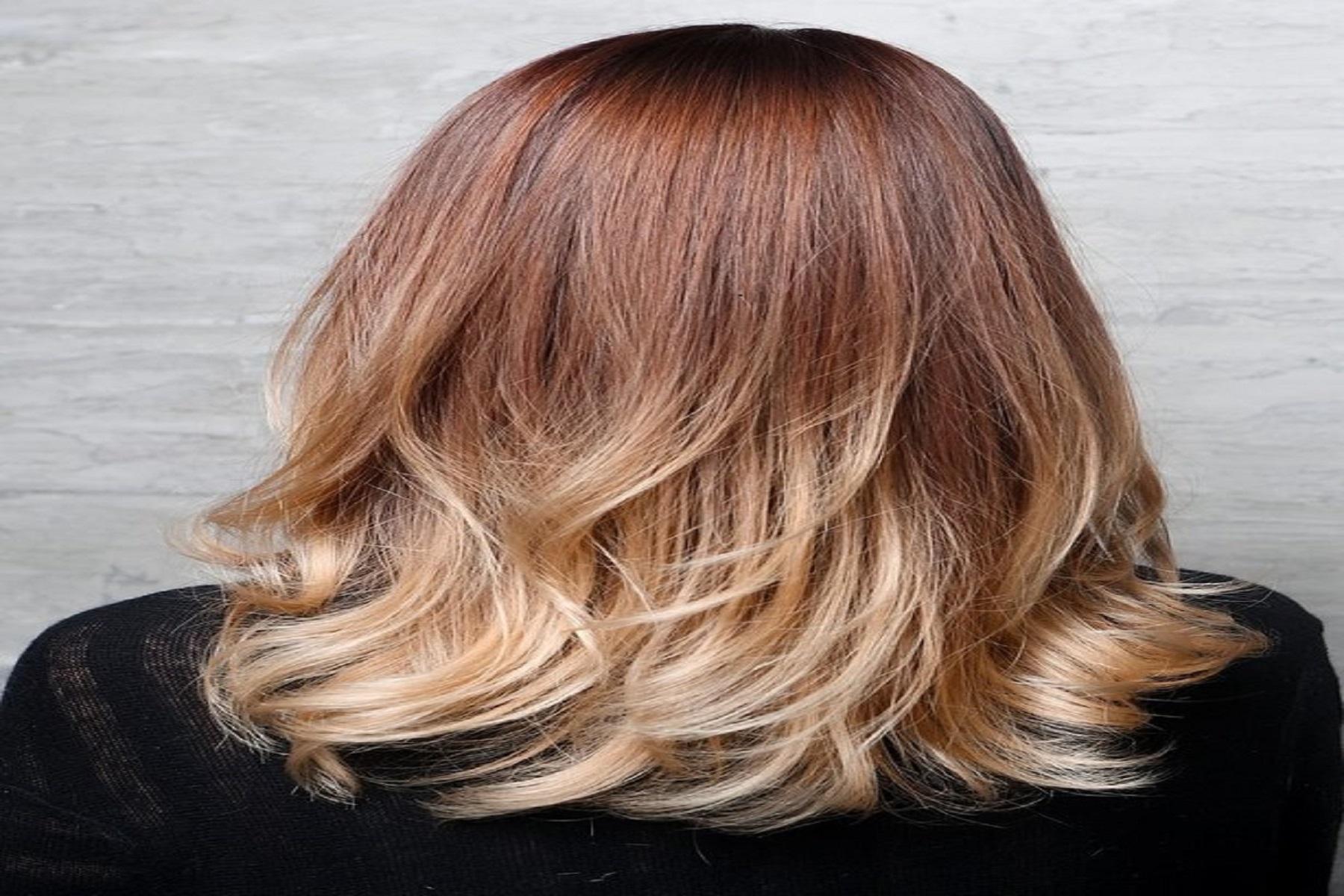 Μαλλιά Ηλικία: Τι να κάνετε για να κρύβετε χρόνια