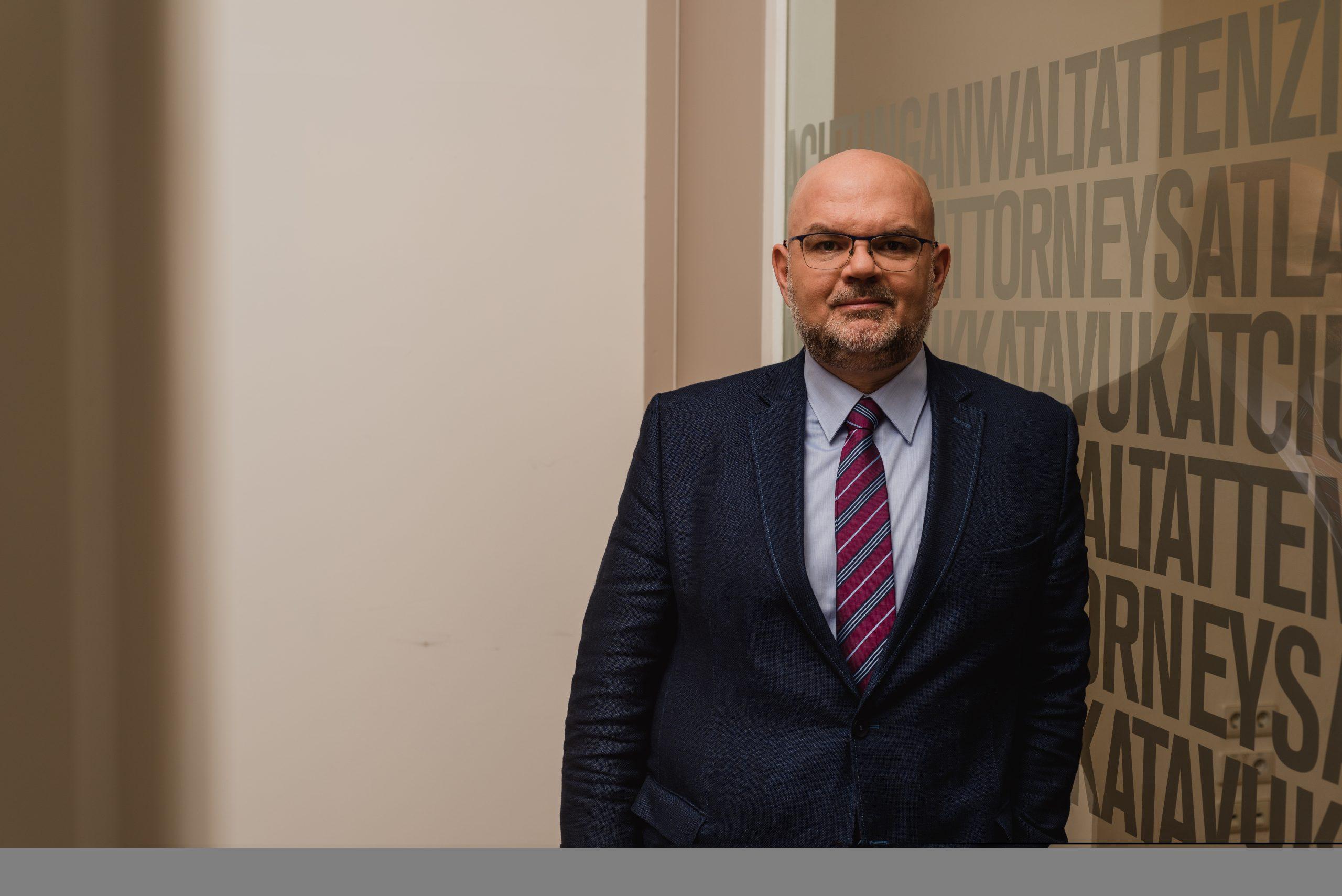 Ο Hardo Fischer αποκλειστικά στο healthweb: Η γονιδιακή θεραπεία εισάγει νέο θεραπευτικό πρότυπο στην Ιατρική