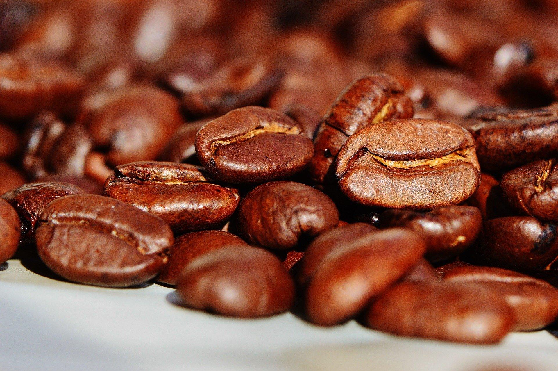 Εθισμός στην καφεΐνη: Οφέλη και επιπτώσεις