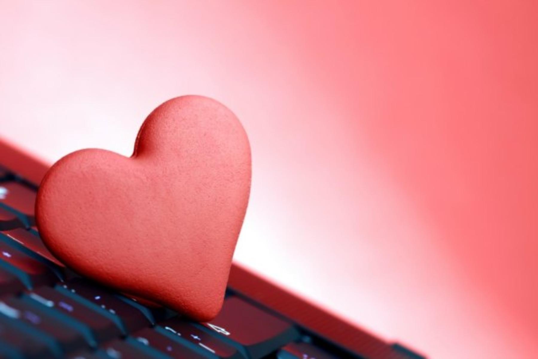 Διαδίκτυο- προφίλ: Πώς να φτιάξεις ένα φοβερό προφίλ σε σελίδα γνωριμιών
