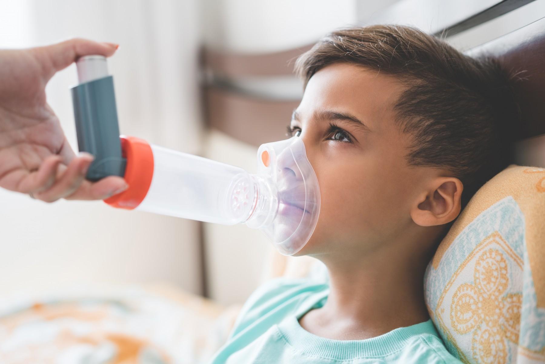 Άσθμα Συμπτώματα: Νέα μελέτη συνδέει την πρόσληψη κρέατος με το παιδικό άσθμα