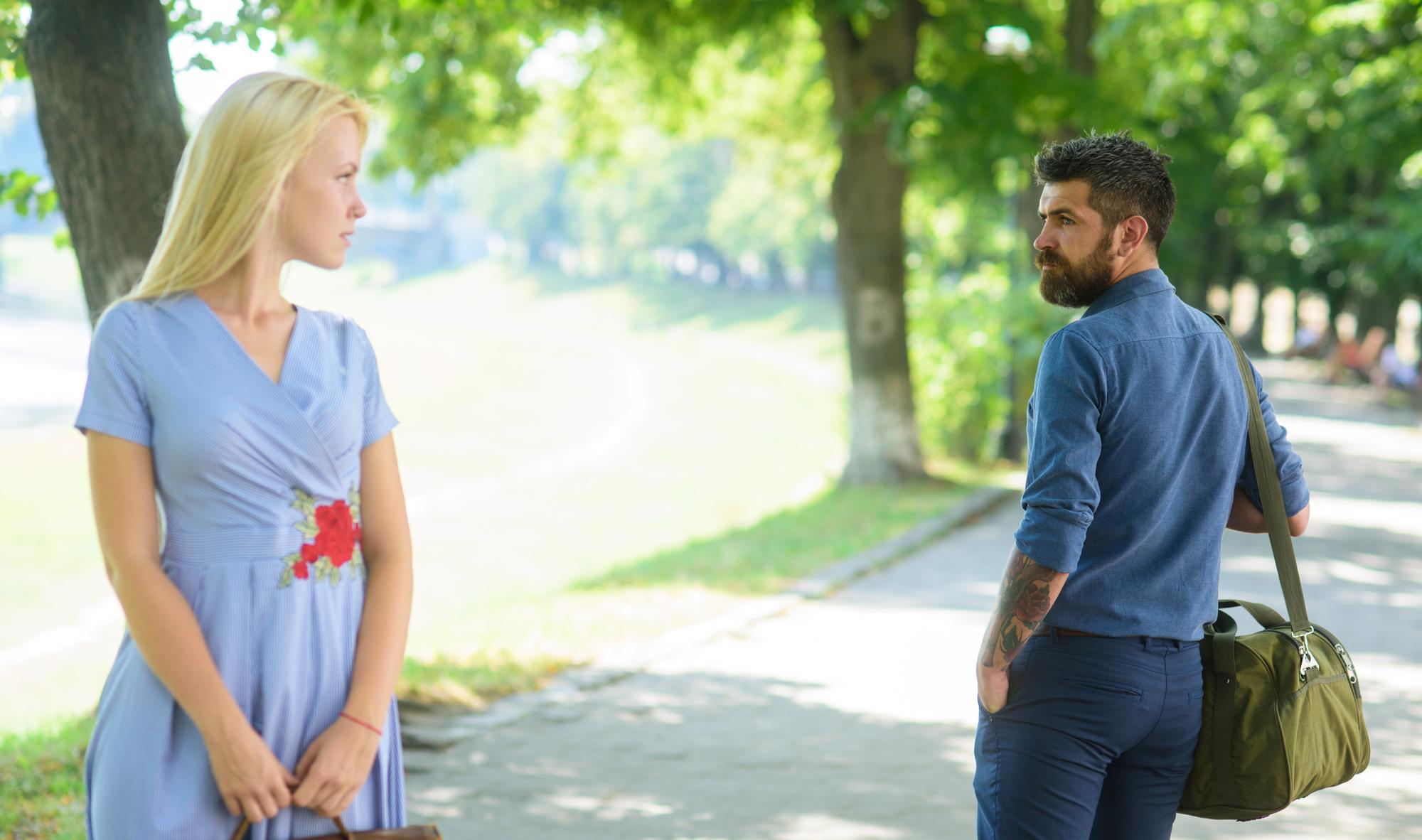 Έλξη σχέσεις: Η δύναμη της εικόνας, της μυρωδιάς και της φωνής