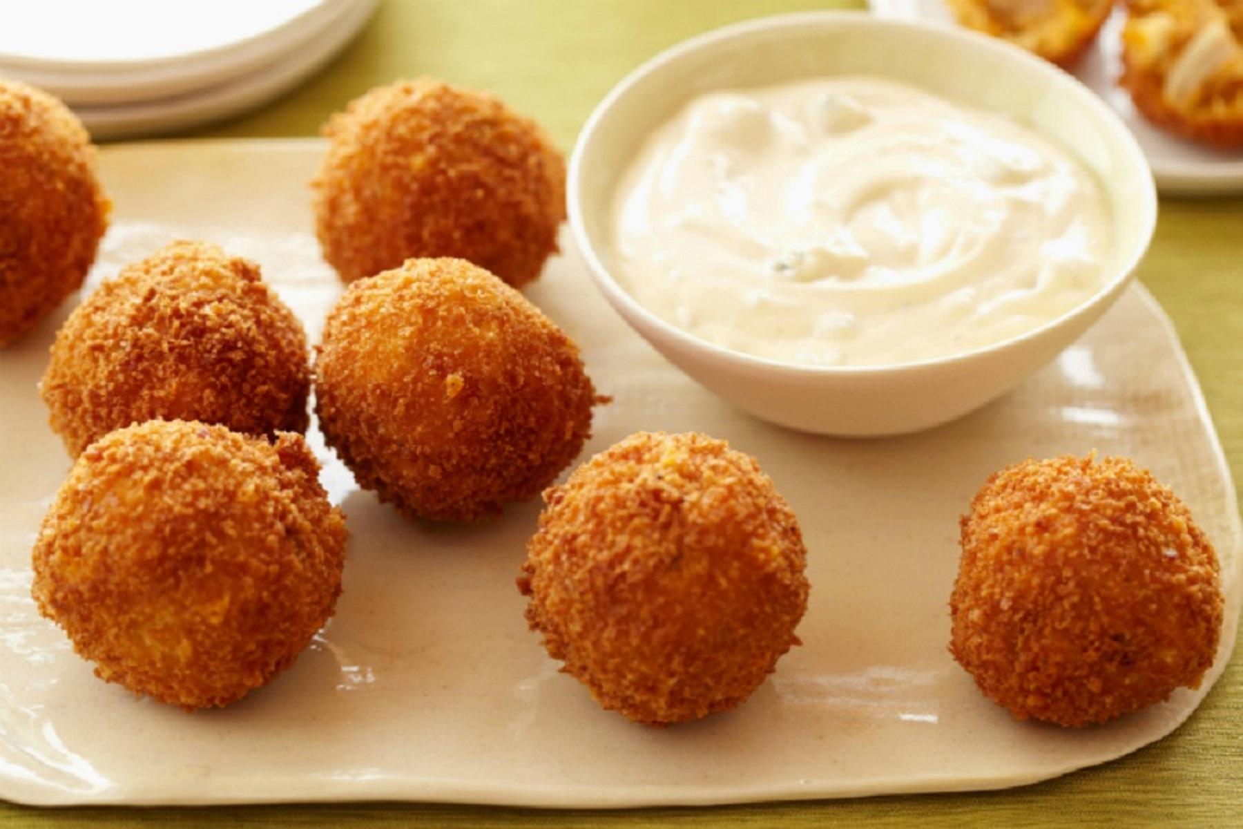Κροκέτες Τυρί: Συνταγή για μικρούς και μεγάλους