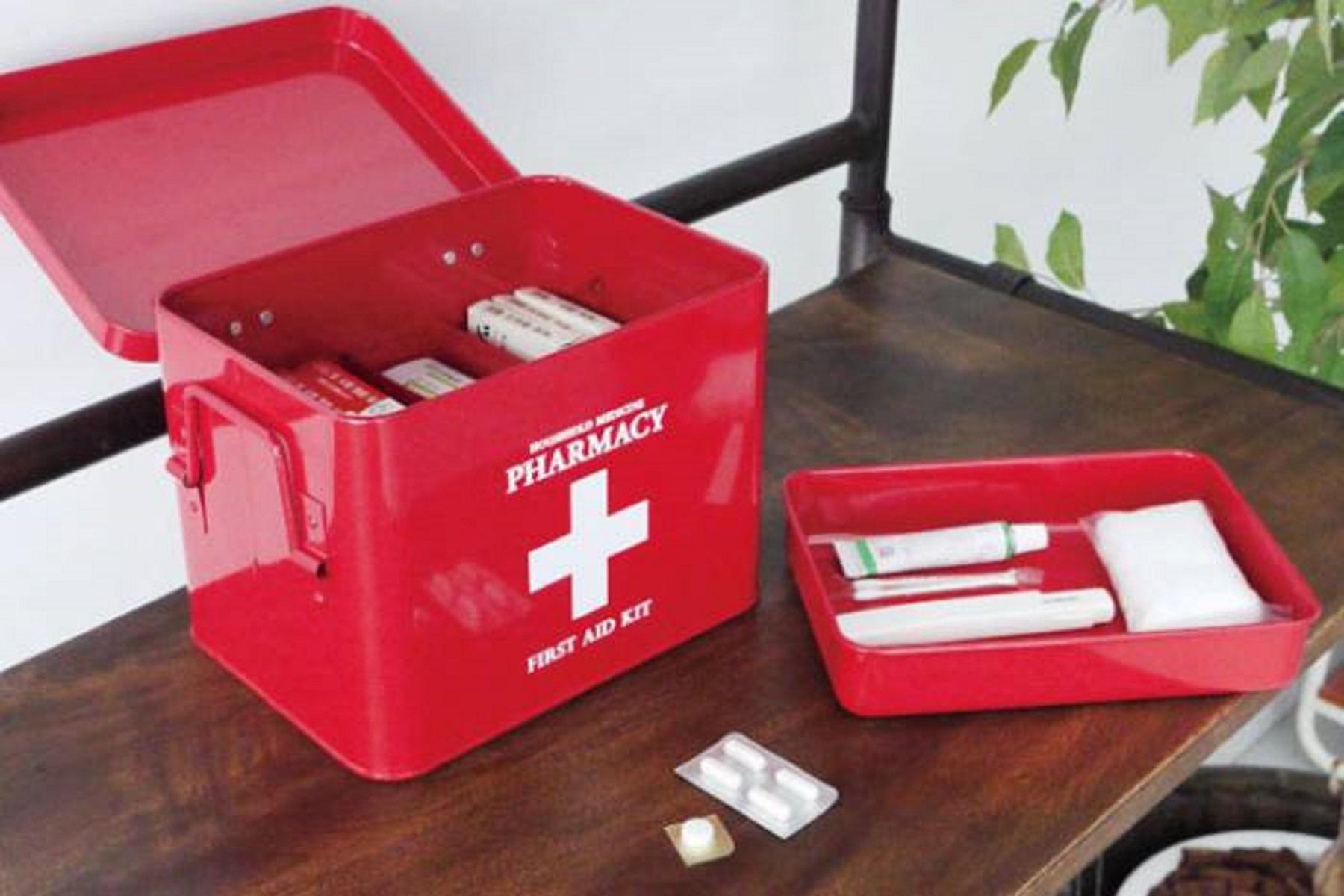 Φαρμακείο Παιδικό: Τι να περιέχει για τις πρώτες βοήθειες στο σπίτι