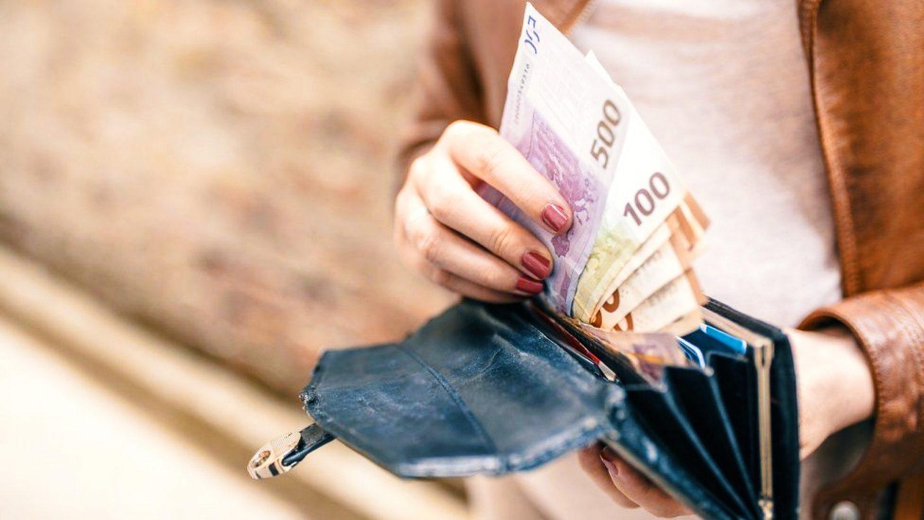 Φόροι: Επιστροφές έως και 1.930 ευρώ σε πάνω από ένα εκατομμύριο εργαζομένους