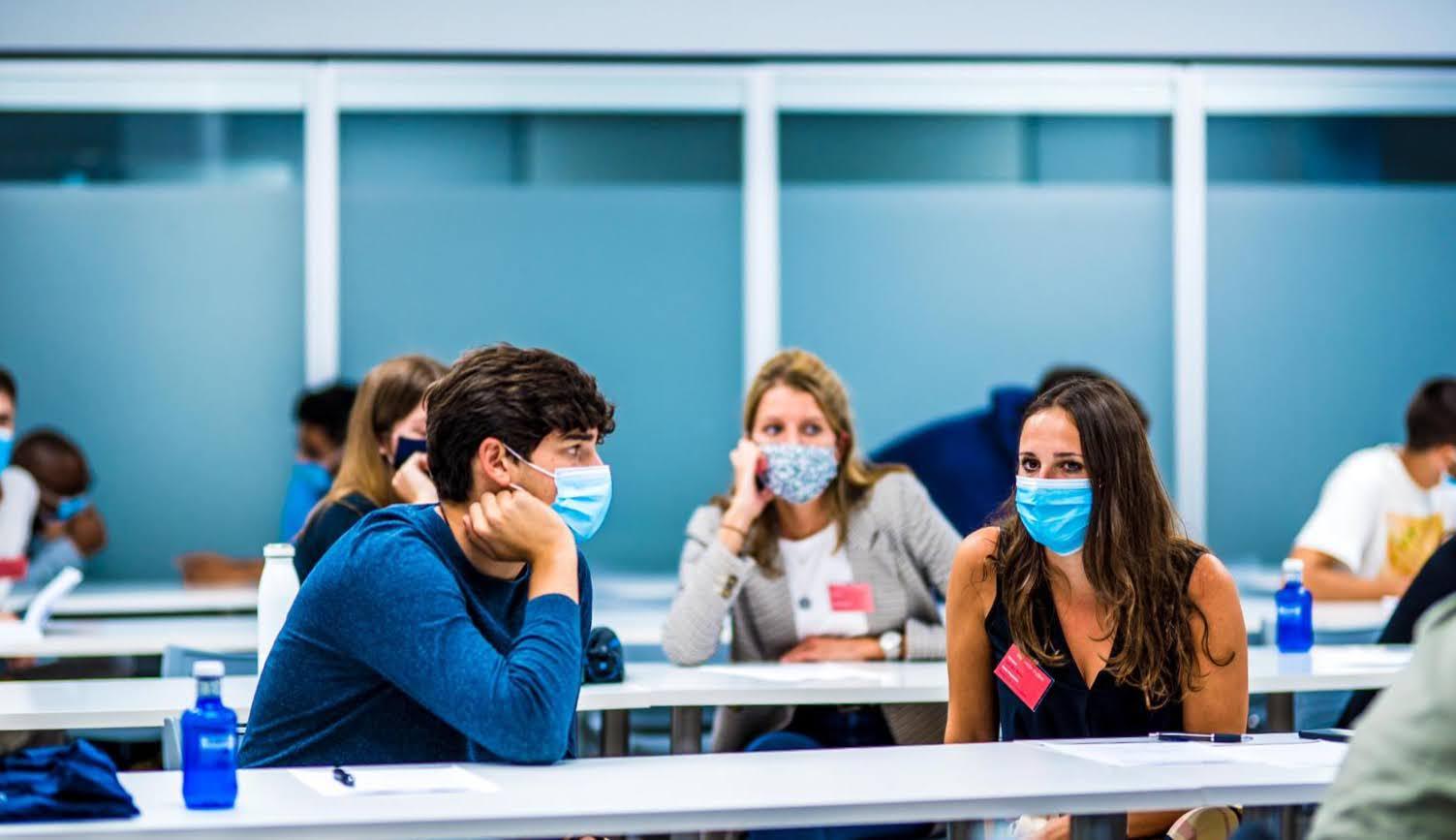 Κορωνοϊός επιδημιολογικό φορτίο: Σήμερα η απόφαση για γυμνάσια – λύκεια