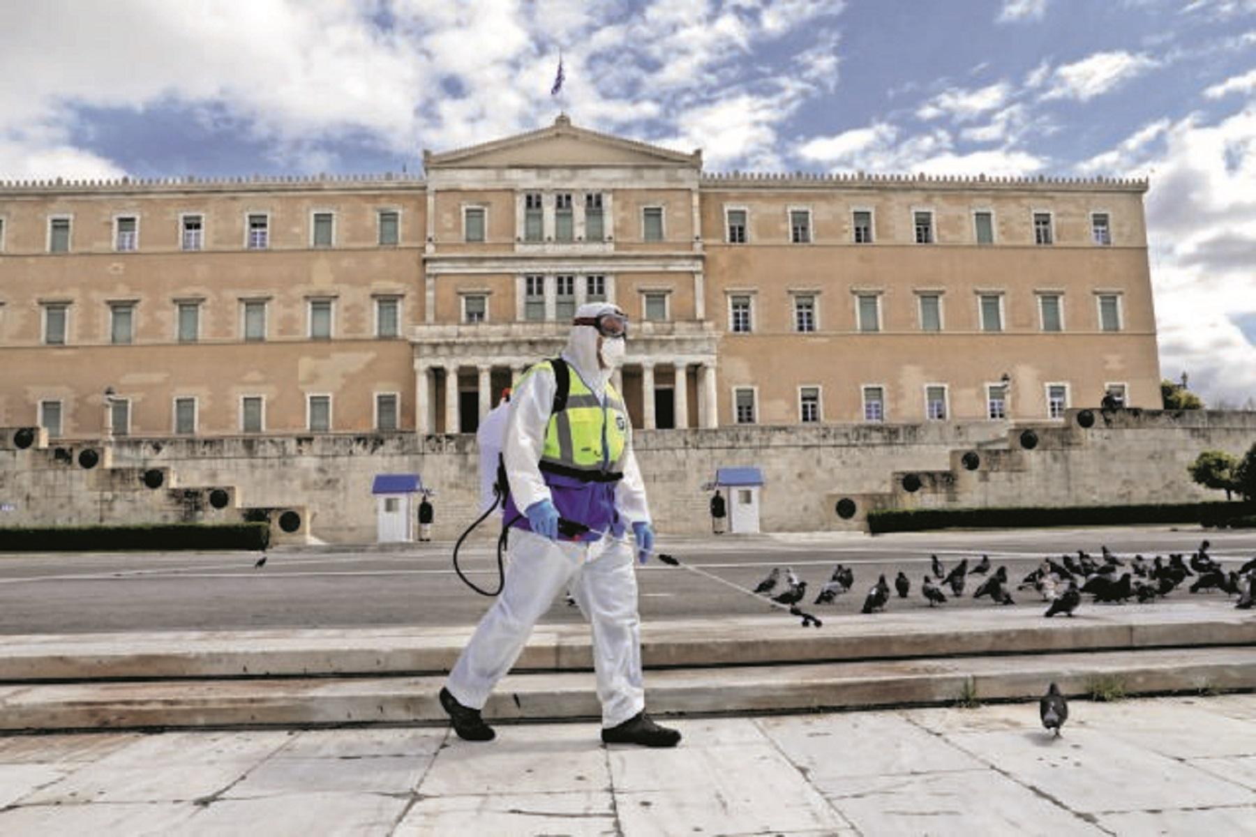 Αττική στο Κόκκινο: Τι έσπρωξε την Αθήνα στην κόκκινη ζώνη