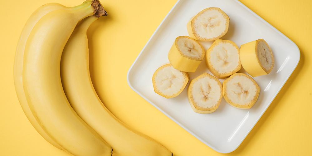 Μπανάνα Στομάχι: Είναι καλό να τρώμε μπανάνες με άδειο στομάχι; [vid]