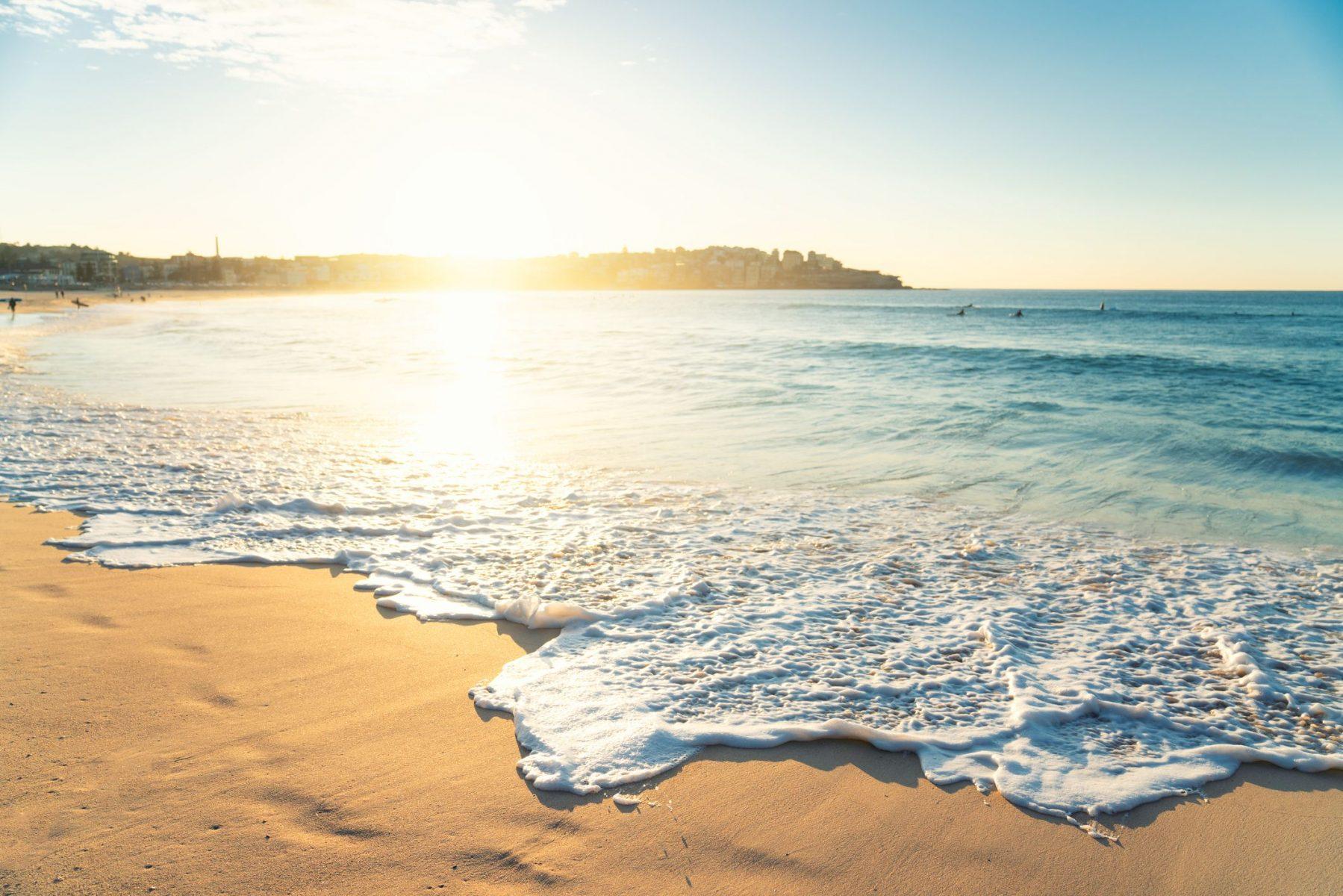 """Η επιστήμη πίσω από τη φράση """"Η θάλασσα με κάνει χαρούμενο"""""""
