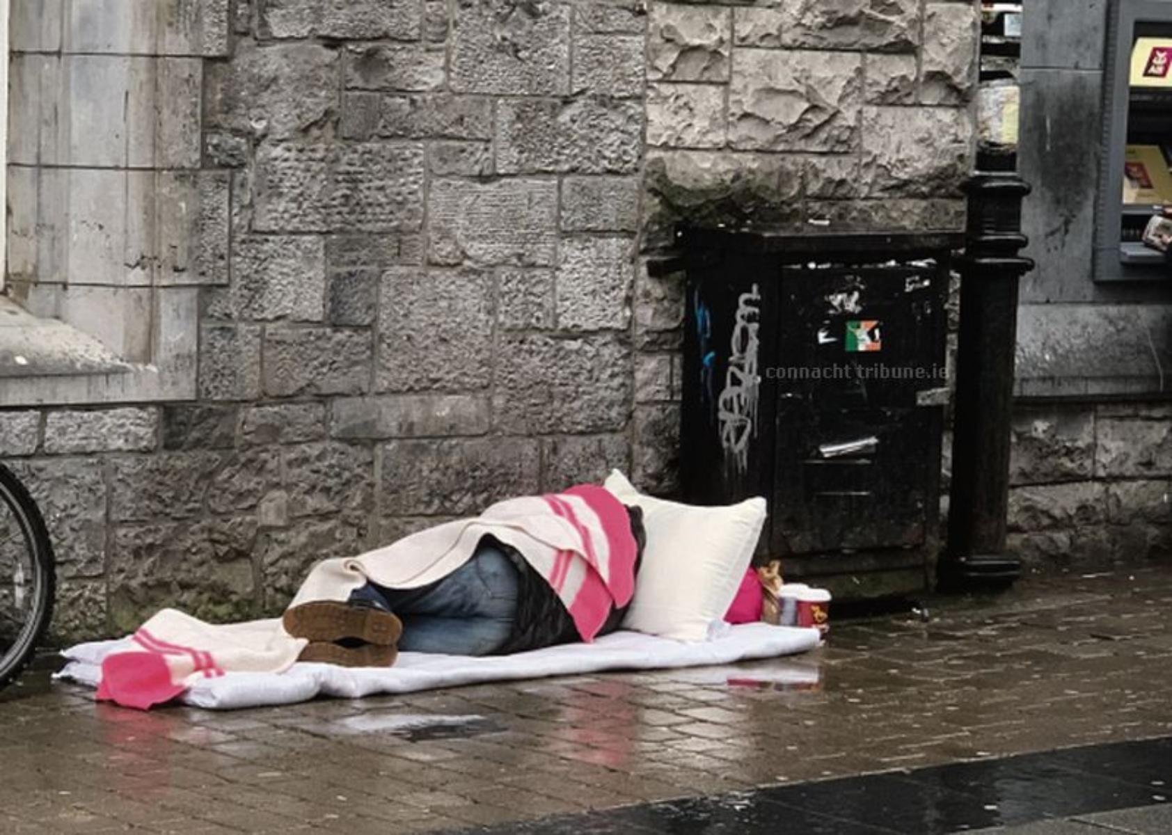 Βρετανία άστεγοι: 16 θάνατοι αστέγων συνδέονται με τον covid-19