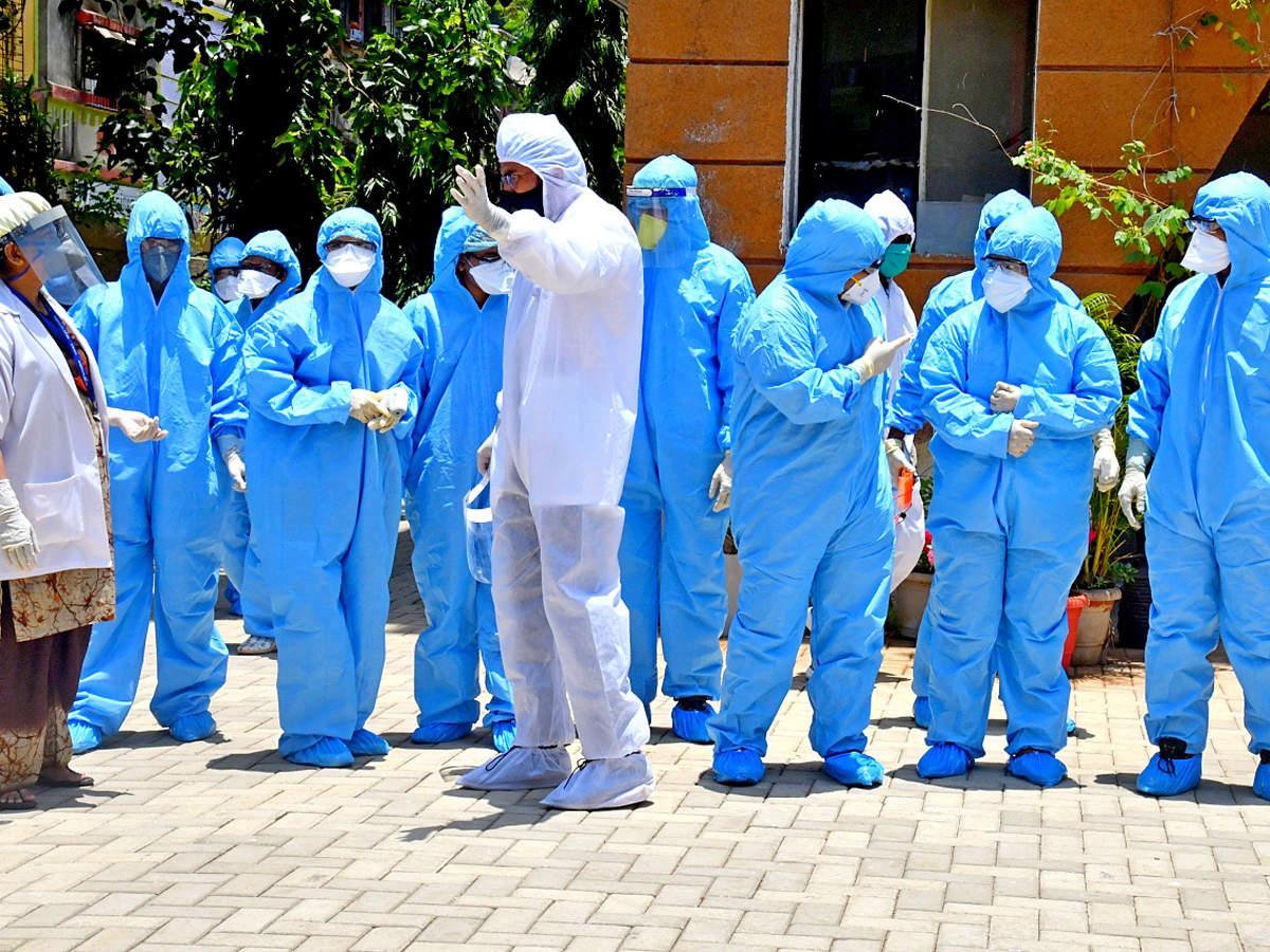 Κορωνοϊός Πανδημία: Η Ινδία επανδρώνει τρίτες χώρες με εργαζομένους υγείας