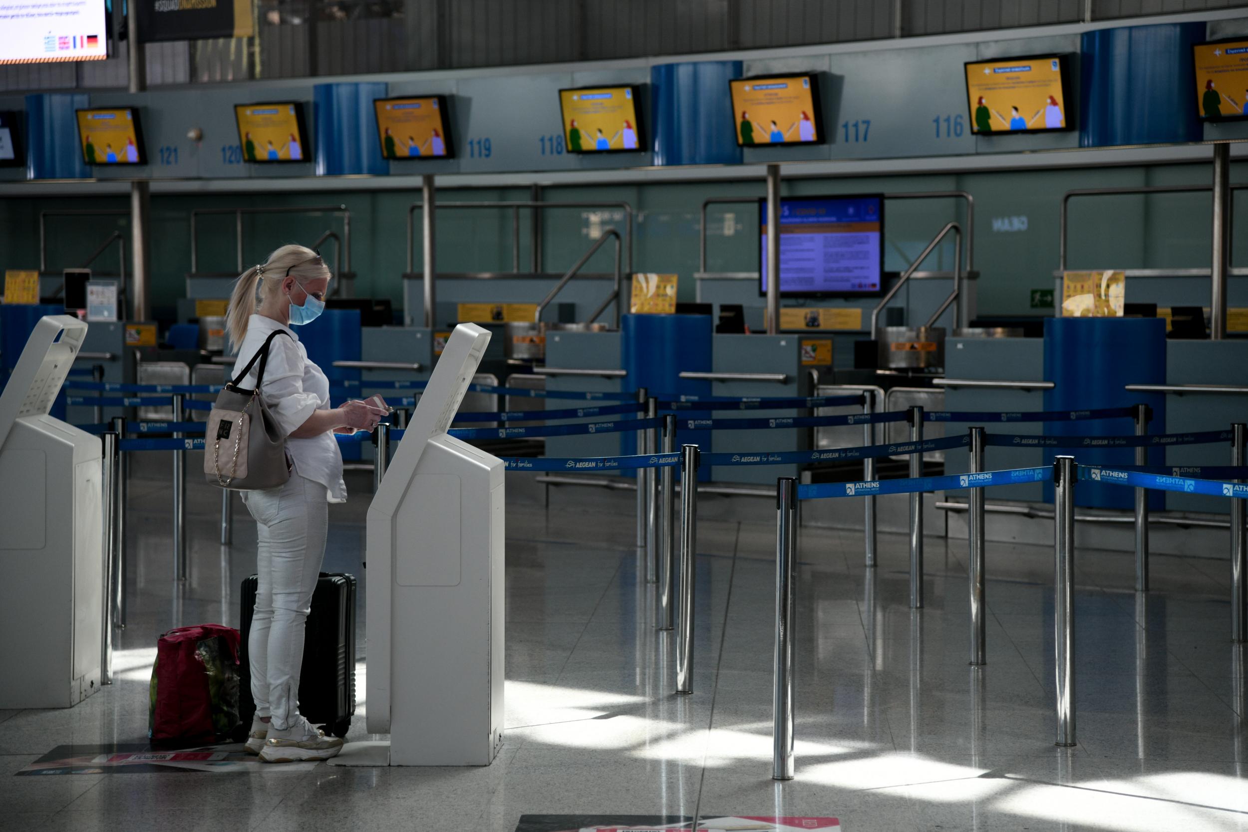 Καραντίνα πτήσεις εξωτερικό: Υποχρεωτική επταήμερη καραντίνα για όσους έρχονται από το εξωτερικό