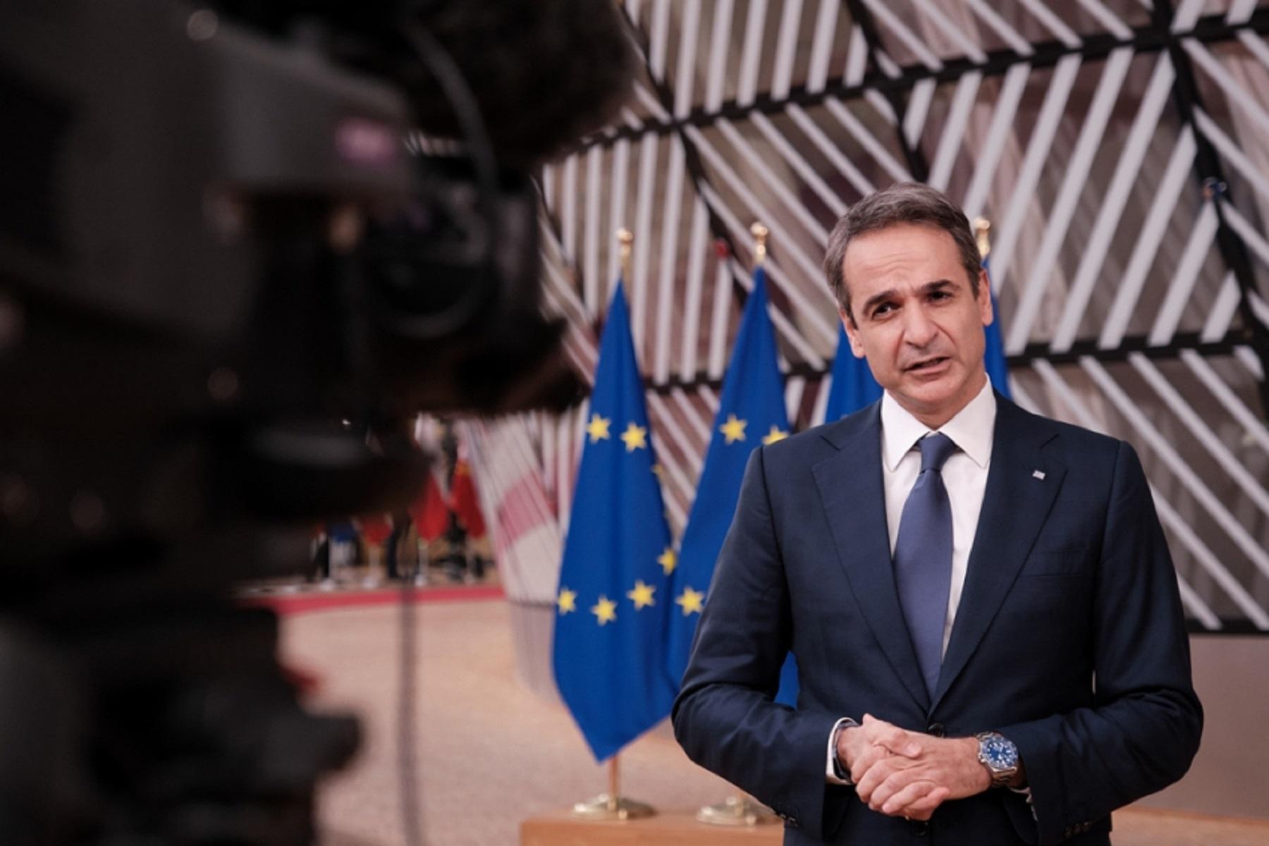 Politico Εμβόλιο: Κοινό πιστοποιητικό εμβολιασμού για την Ε.Ε. προτείνει ο Πρωθυπουργός