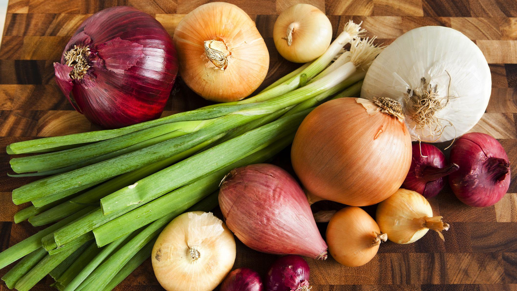 Κρεμμύδι Ιδιότητες: Περιέχουν φυτικές ενώσεις που προάγουν την υγεία