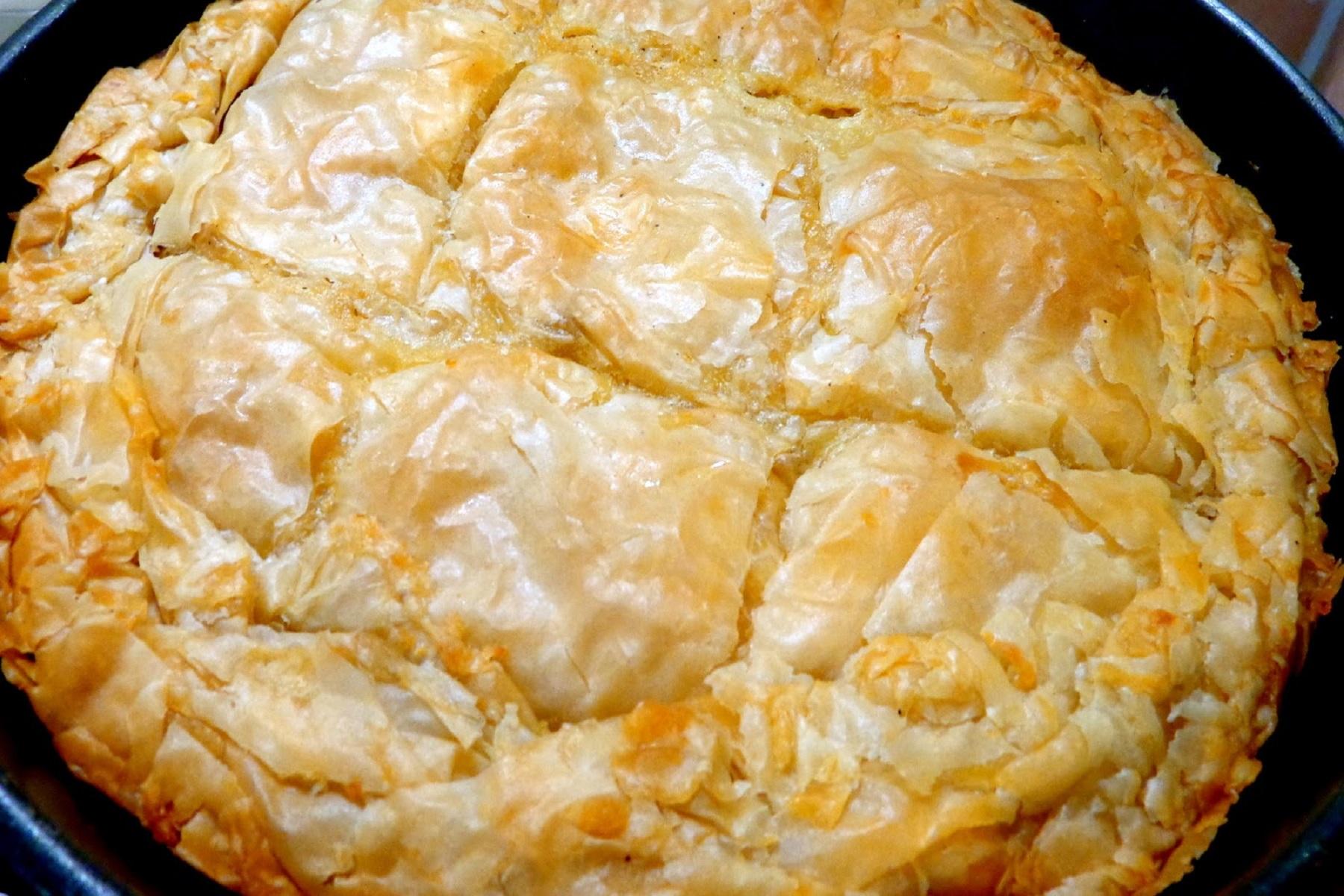 """Πίτες Χειμώνας: Τραχανόπιτα Μετσοβίτικη, """"ψητή"""" στο τηγάνι"""